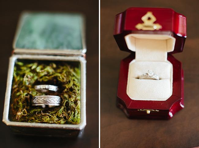 wedding rings in rustic moss case