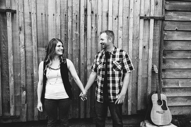 langley barn engagement session