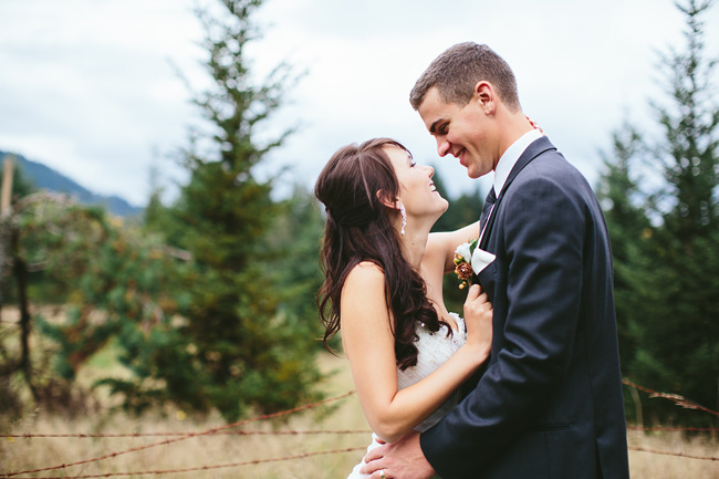 Rustic-Abbotsford-Wedding-035