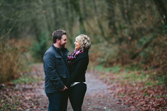 Bethany-Brody-Rainy-Engagement-Session001
