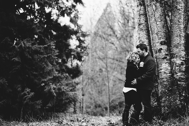 Bethany-Brody-Rainy-Engagement-Session015