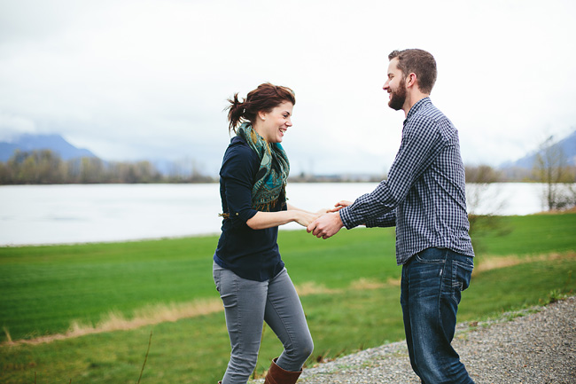014-abbotsford-farm-engagement-photos-