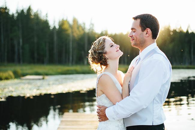 whonnock-lake-wedding-sunset