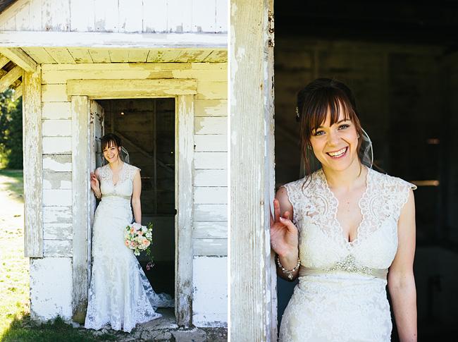 keyhole vintage lace wedding dress