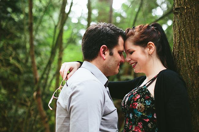 Devon-Darin-Stanley-Park-Engagement-Photos002
