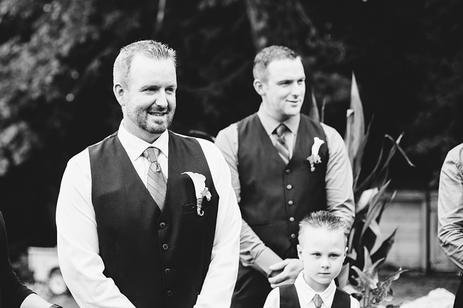 Langley-Backyard-Farm-Wedding006