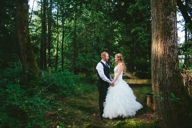 Langley-Backyard-Farm-Wedding016