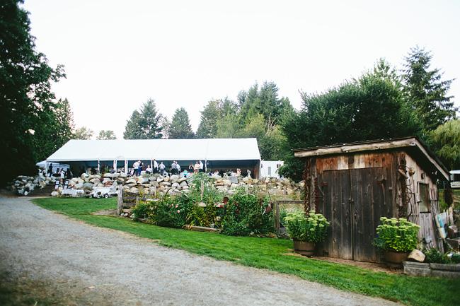 Langley-Backyard-Farm-Wedding028