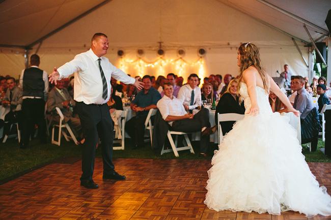 Langley-Backyard-Farm-Wedding051