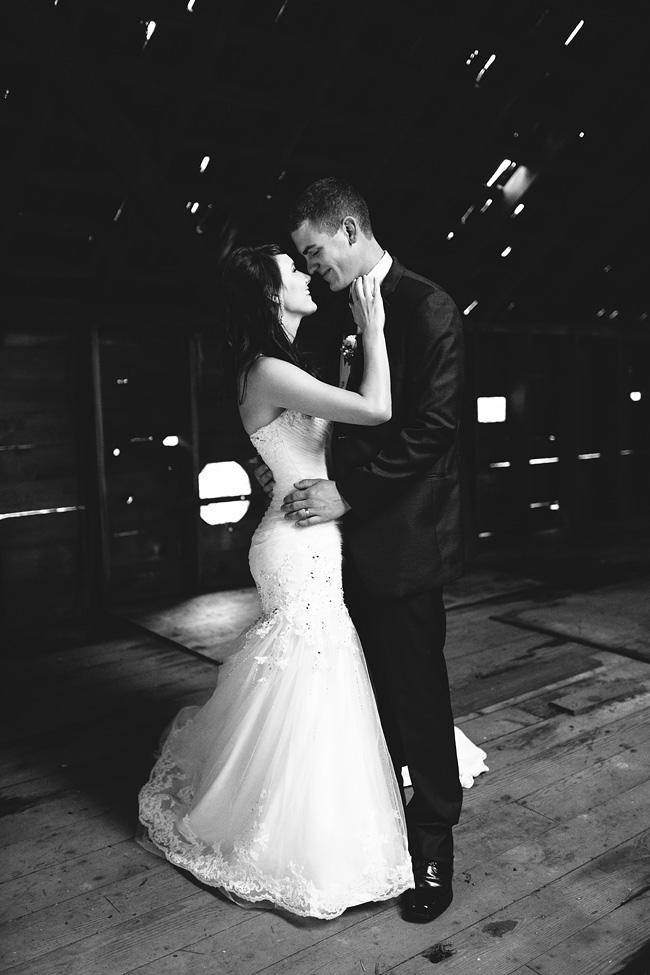 Rustic-Abbotsford-Wedding-043