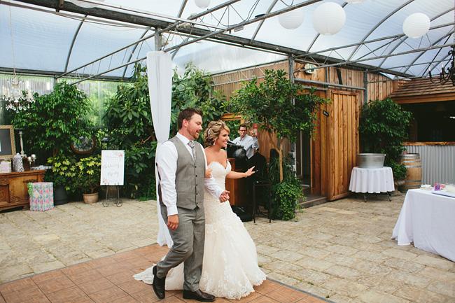 058-secret-garden-woodbridge-ponds-wedding-